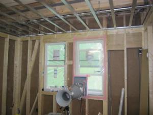 近鉄の注文住宅 外断熱工法エアーウッド 断熱施工が終わったので気密検査です