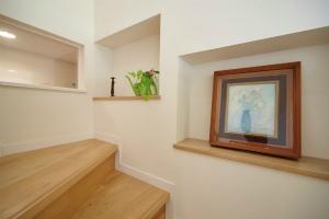階段 ニッチ 飾り