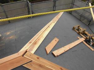 棟板金下地 屋根工事