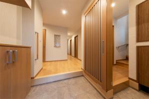 二世帯住宅 玄関